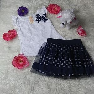 Faded glory Set shirt and skirt size 4/5